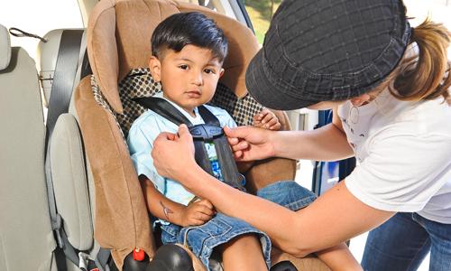 Những điều cần nhớ khi cho trẻ em đi ôtô 2