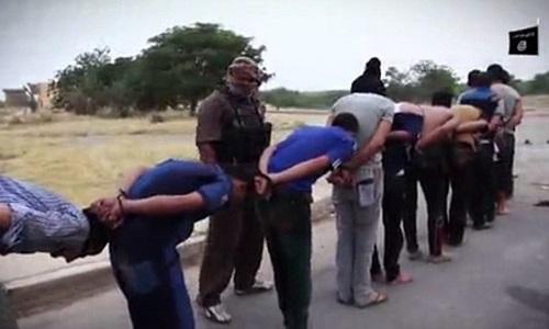 Video: IS dùng súng máy thảm sát tập thể 1.700 binh sĩ Iraq  1