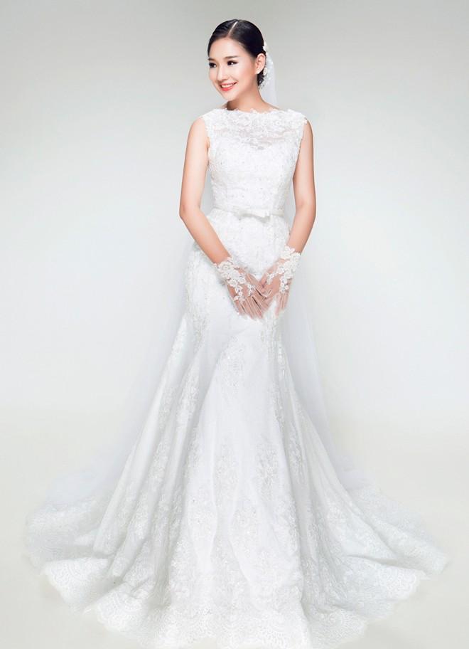 Vợ Duy Nhân đẹp lung linh trong bộ sưu tập váy cưới 2