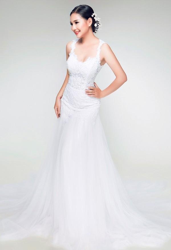 Vợ Duy Nhân đẹp lung linh trong bộ sưu tập váy cưới 6