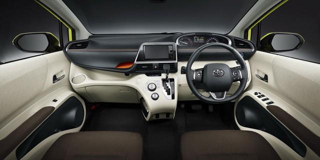 Toyota ra mẫu xe 7 chỗ giá 304 triệu đồng 5