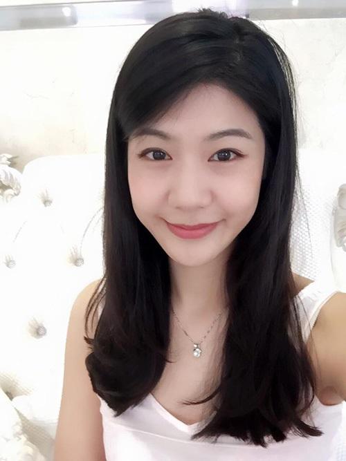 Ngắm nhan sắc xinh đẹp của nữ cơ trưởng tương lai đầu tiên Vietnam Airlines 4