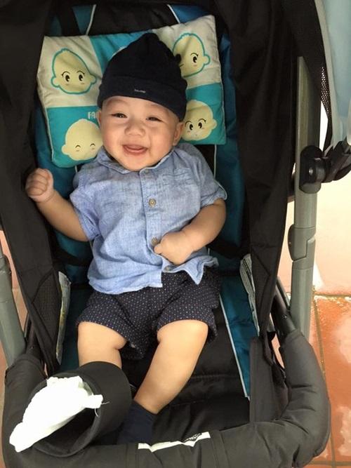 Hé lộ con trai 3 tháng tuổi của siêu mẫu Ngọc Thạch  2