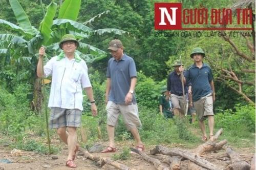 Giám đốc CA tỉnh Nghệ An đến hiện trường chỉ đạo điều tra vụ án mạng 4 người 1