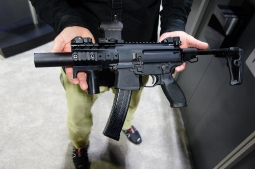 Khám phá sự ưu việt của súng tiểu liên SIG Sauer MPX Thụy Sỹ 1