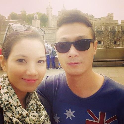 Kỳ nghỉ ngọt ngào của vợ chồng MC Anh Tuấn ở London 1