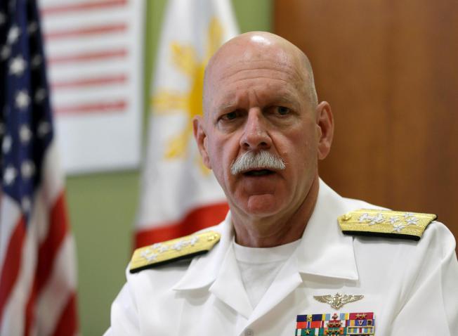 Tư lệnh Hạm đội Mỹ bay giám sát Biển Đông 4