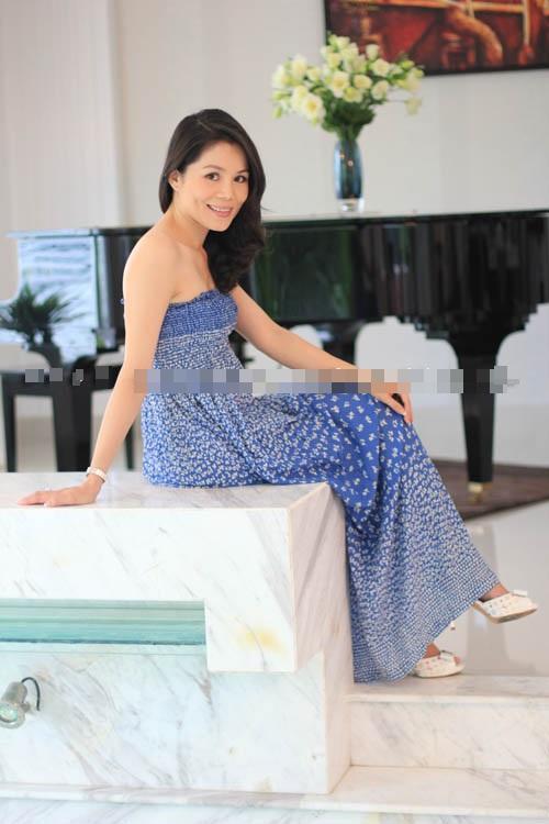 Thân thế giàu có của vợ những MC truyền hình nổi tiếng 6