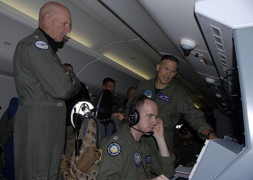 Trung Quốc giận dữ vì Tư lệnh Mỹ trực tiếp tuần tra Biển Đông 1