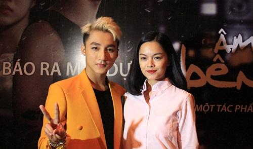 Hit mới 'Âm thầm bên em' của Sơn Tùng M-TP làm khuấy đảo Vpop 4
