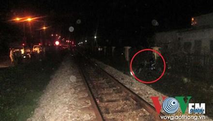 Bản tin 113 – sáng 22/7: Băng qua đường sắt, nam thanh niên bị tàu đâm tử vong… 1