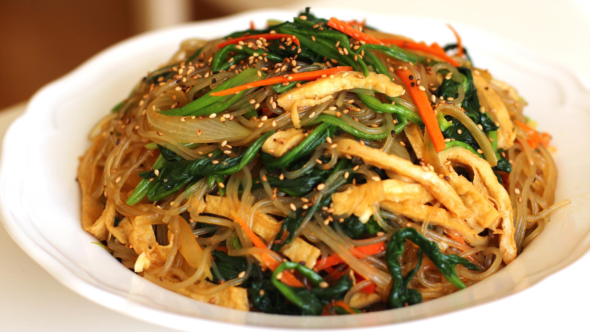 Cách làm miến trộn đặc trưng cực hấp dẫn của xứ sở Kim Chi 1