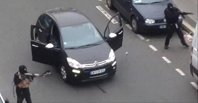 IS đe dọa phủ kín đường phố Paris bằng thi thể người 5