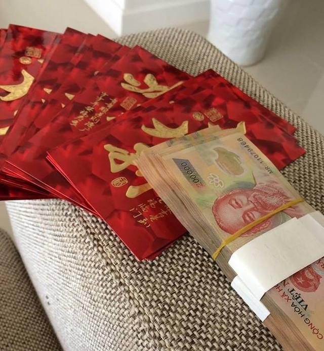 Những màn khoe tiền kệch cỡm của sao Việt 7