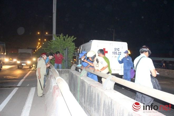 Phát hiện nam thanh niên chết trong tư thế treo cổ trên cầu 1