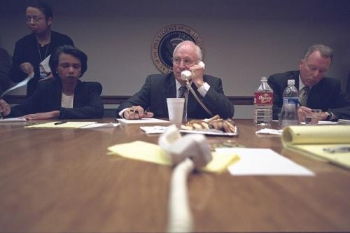 Những bức hình lần đầu công bố về Nhà Trắng sau vụ khủng bố 11/9 4