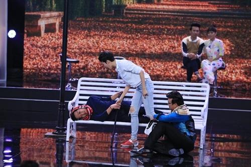Bí mật đêm chủ nhật tập 5: Việt Hương đập đồ, khóc tức tưởi trên sân khấu 7