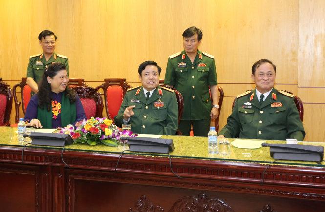 Bộ trưởng Phùng Quang Thanh dự chương trình