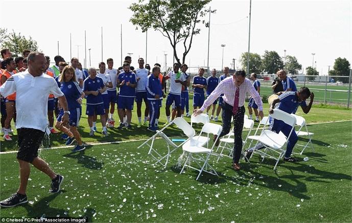 John Terry rất tỉnh đòn trước trò 'chơi khăm' của Mourinho 6