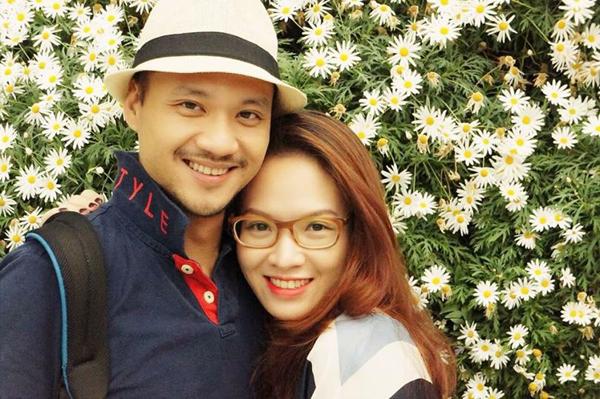 Facebook sao Việt: Angela Phương Trinh diện váy đỏ gợi cảm, Tú Linh hóa cô dâu 11