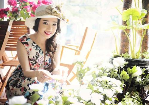 Facebook sao Việt: Bằng Kiều gửi lời yêu thương ngọt ngào tới Dương Mỹ Linh  12
