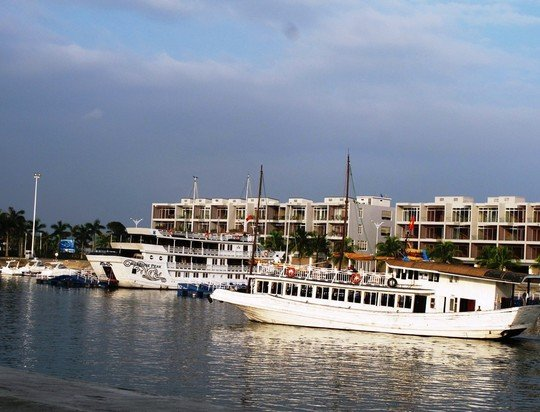 """'Chúa đảo"""" Tuần Châu mời người dân ăn ở miễn phí tại khách sạn 4 sao 2"""