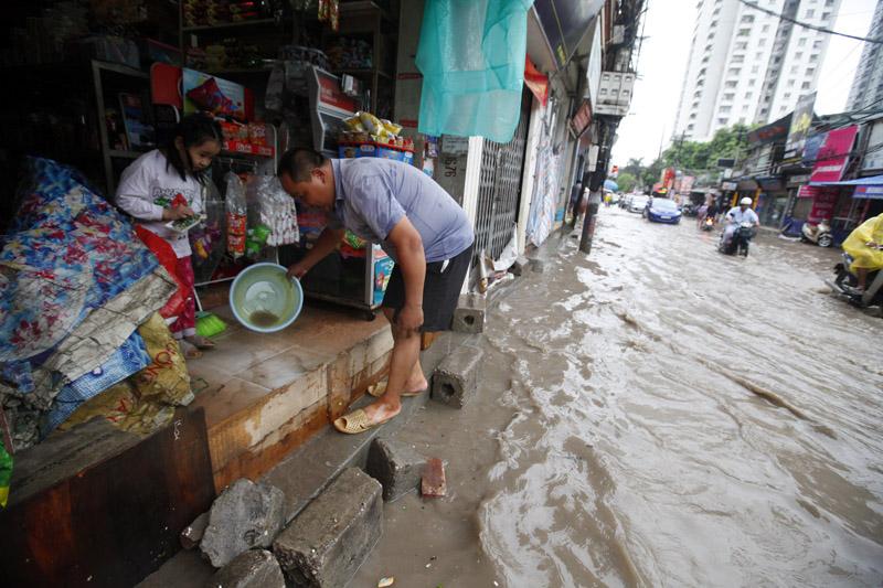 Hà Nội - Nam Định - Thái Bình ngập nước vì mưa lớn 3