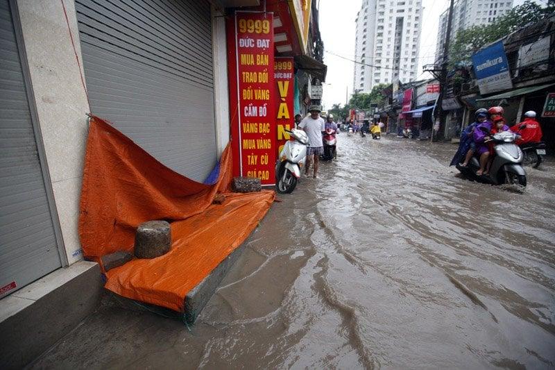 Hà Nội - Nam Định - Thái Bình ngập nước vì mưa lớn 4