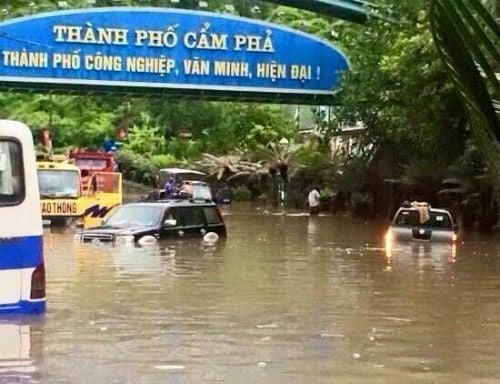 Những hình ảnh mưa lũ kinh hoàng tại miền Bắc 2