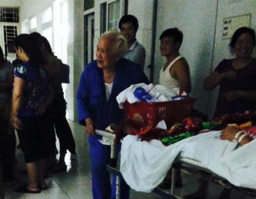 Chuyện tình kỳ diệu của cụ ông 83 tuổi và cô gái trẻ 2