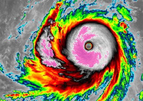Siêu bão mạnh nhất năm 2015 đang tiến thẳng vào Đông Á 1