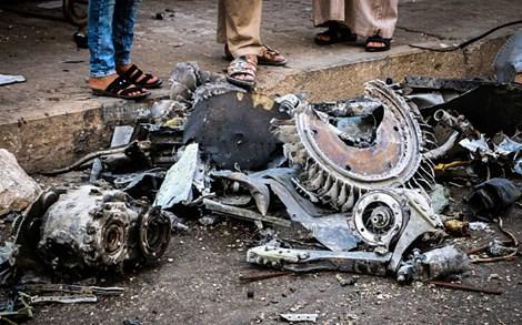 Syria: Chiến đấu cơ rơi xuống chợ, ít nhất 12 người chết 1