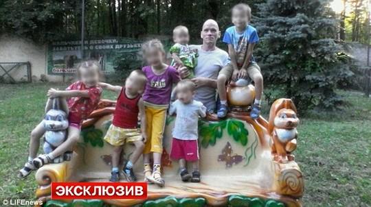 Chấn động 8 mẹ con bị thảm sát ở Nga 1