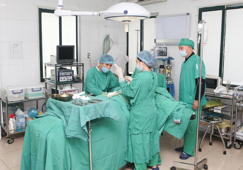 Thẩm mỹ viện BS Hà Thanh tặng khách hàng 20\% khi nâng ngực nội soi 1