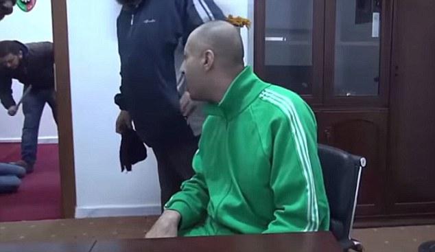 Lộ video con trai nhà độc tài Gaddafi bị tra tấn tàn nhẫn 3