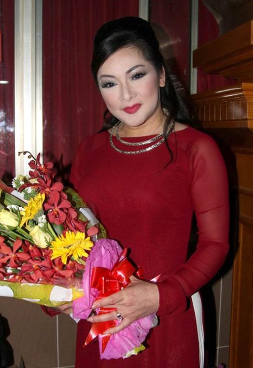 Ca sĩ Như Quỳnh bất ngờ về nước sau 20 năm xa quê 1