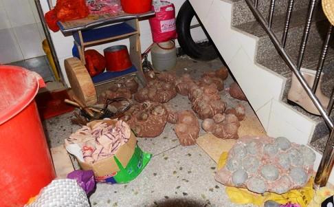Phát hiện 1 bộ xương và hơn 200 trứng khủng long hóa thạch trong nhà dân 4