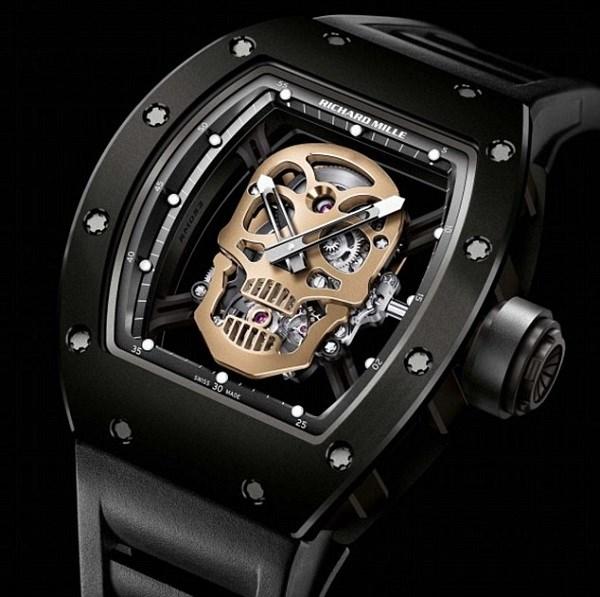 Soi chiếc đồng hồ gần triệu đô của trợ lý ông Putin 2