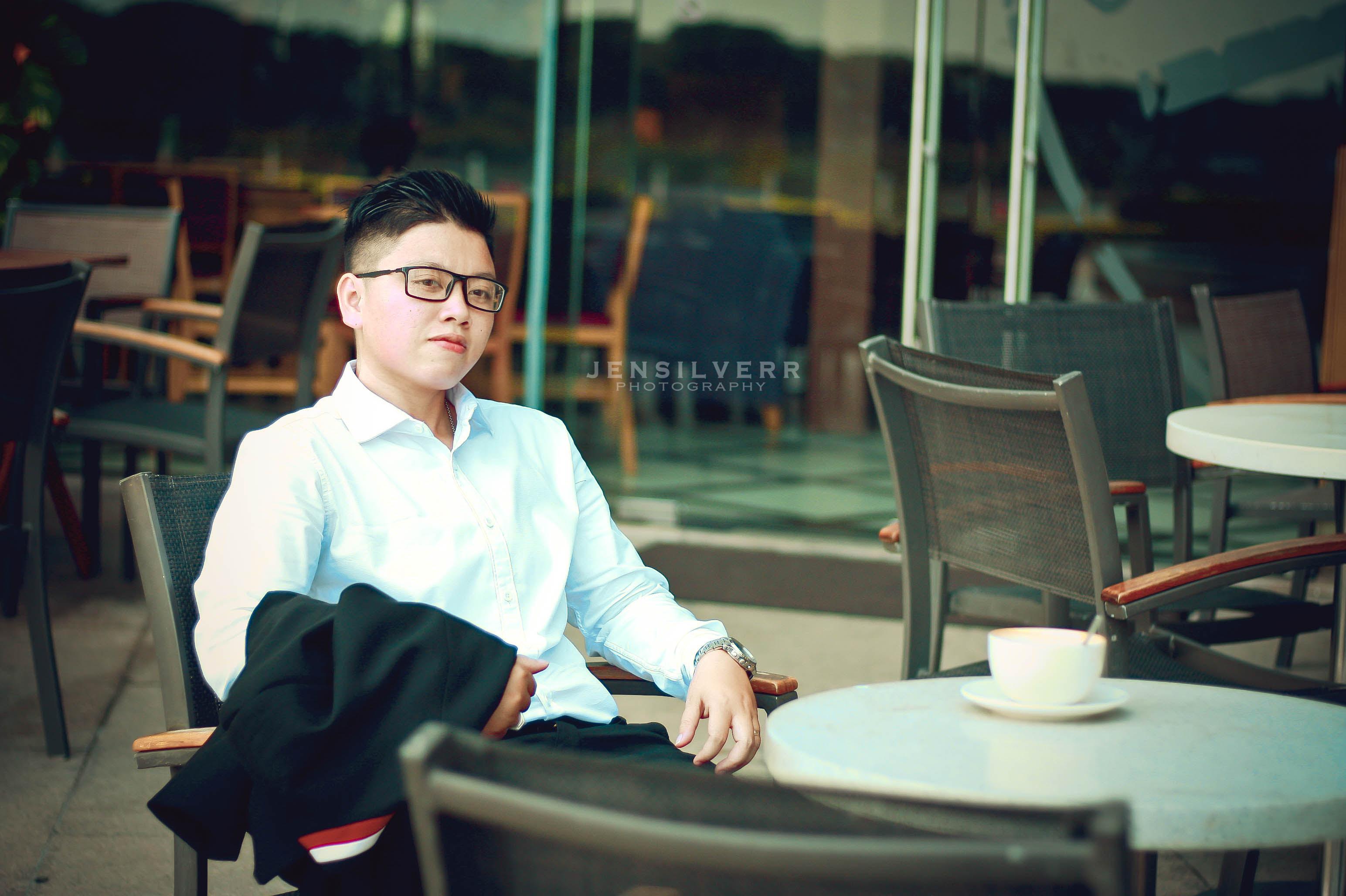 Ngưỡng mộ mối tình người nữ chuyển giới và bạn gái xinh đẹp Sài Gòn  1