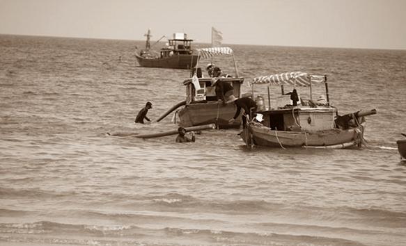"""Tiếp cận """"đoàn tàu ma"""" săn lùng cổ vật tại thánh địa tàu đắm Bình Châu 1"""