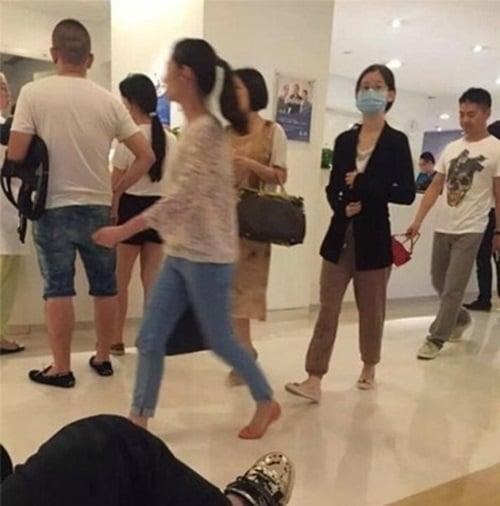 Cô bé trà sữa Trung Quốc đã kết hôn và dính nghi án mang bầu với đại gia U40  6