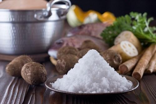 Thói quen ăn mặn và những tác hại nguy hiểm 3