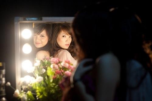 Cận cảnh nhan sắc cô em gái ruột xinh đẹp của MC Đan Lê 2