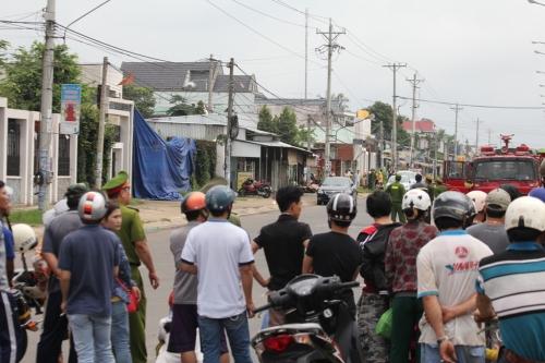 Cận cảnh thực nghiệm hiện trường vụ thảm án 6 người ở Bình Phước 4