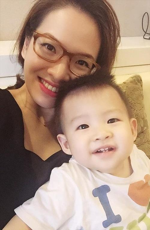 Facebook sao Việt: Thu Phương với vẻ đẹp không tuổi, Minh Hà xinh đẹp như công chúa 7