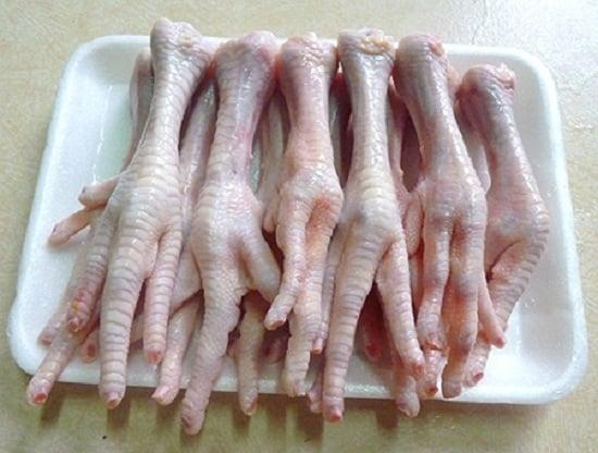 Cách làm chân gà nướng sa tế thơm cay ngon tuyệt vời 2