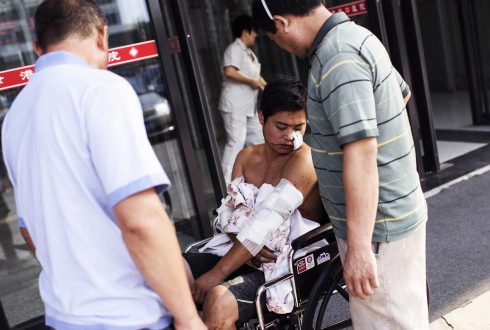 Hiện trường như ngày tận thế sau vụ nổ kinh hoàng tại Trung Quốc 10