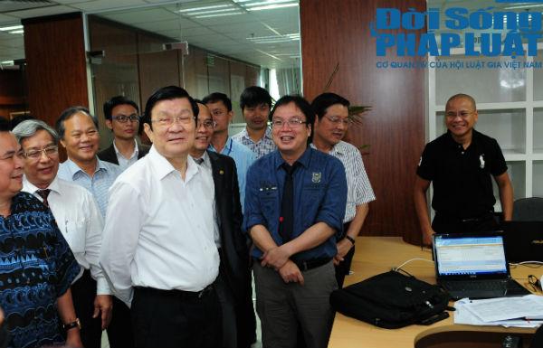 Chủ tịch nước Trương Tấn Sang thăm báo Đời sống và Pháp luật 2