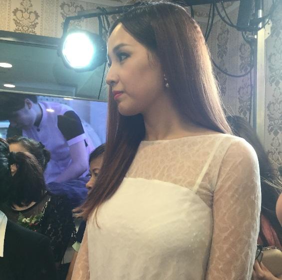 Mai Phương Thúy khoe em gái xinh như hot girl trong sự kiện 8