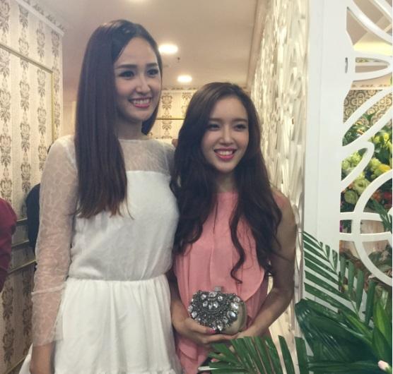 Mai Phương Thúy khoe em gái xinh như hot girl trong sự kiện 2